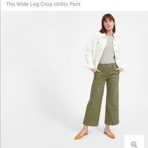 Everlane crop utility pants in army green